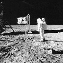 人类登上了月球