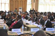 东非共同体首脑会议