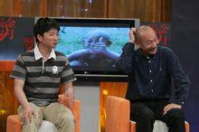 《岁月流金》节目中,和导演张建亚的合影