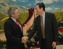 中国人民银行行长会见沃尔福威茨