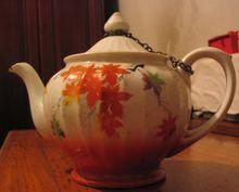 清代瓷茶壶