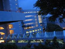 科大图书馆夜景